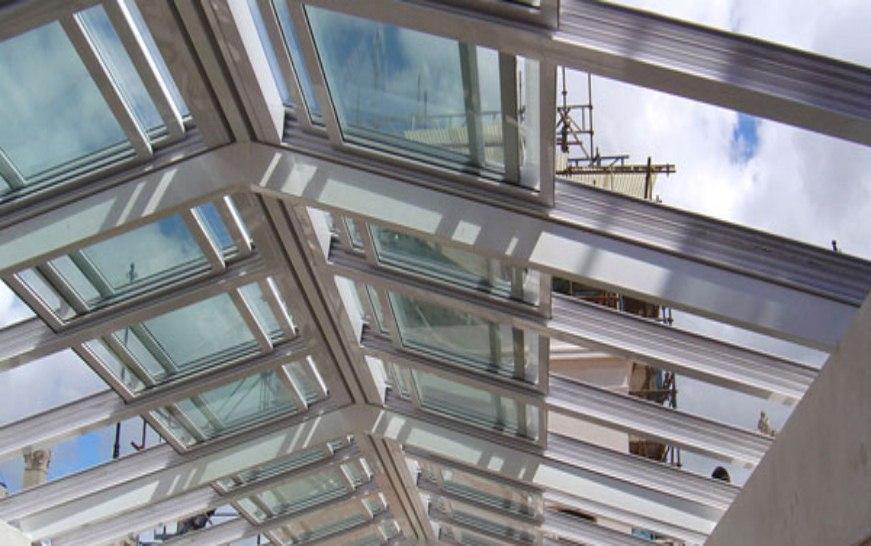 Cortinas de cristal cerramientos panor micos cierres - Estructuras de aluminio para terrazas ...